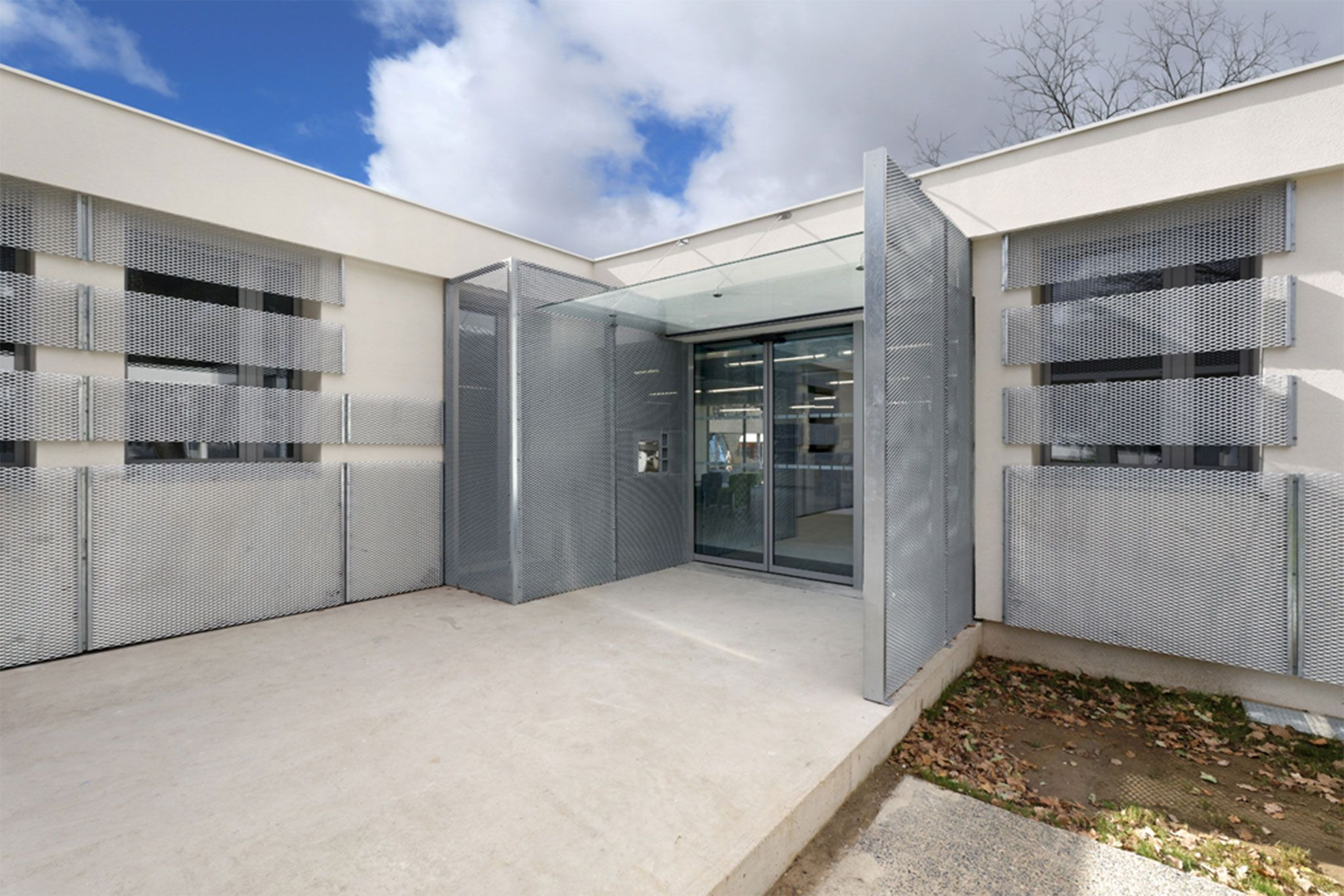 Hall Univeristat Montpeller - Grabalosa arquitectura metàl·lica