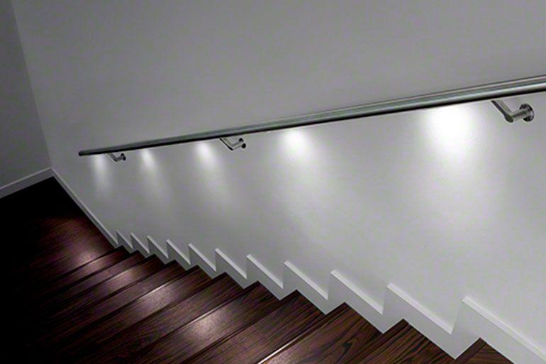 Barana escala interior amb led integrat