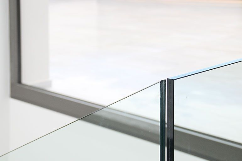 Vidres d'altes prestacions - Grabalosa Finestres minimalistes