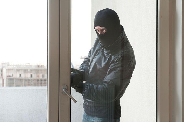 Protegeix casa teva, protegeix el teu negoci - Portes Grabalosa