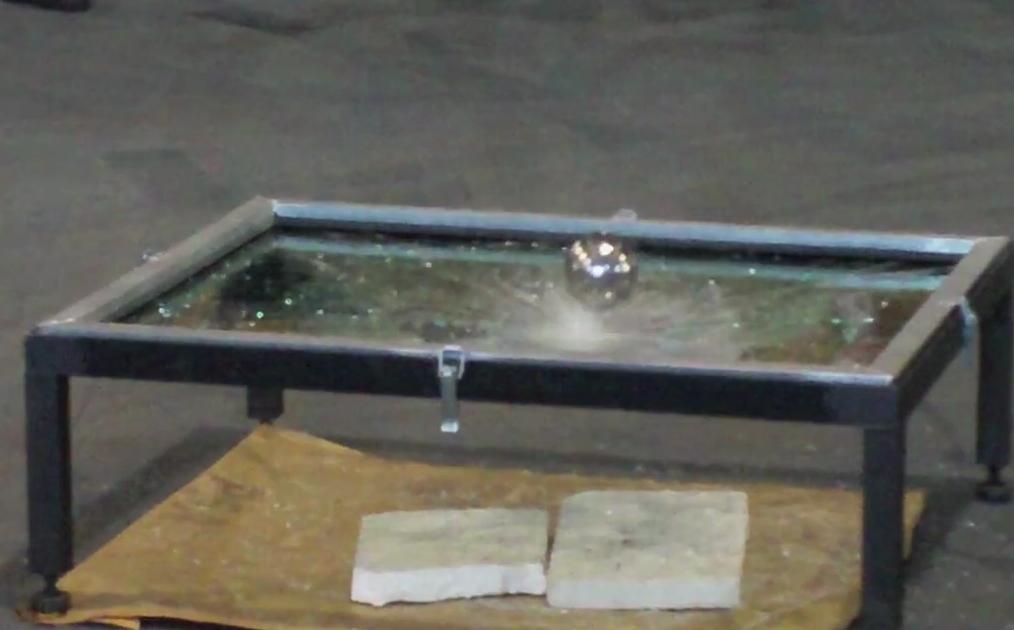Demostració vidres de seguretat - Grabalosa