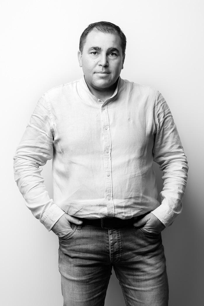 Julian Moyano - RESPONSABLE LOGÍSTICA - GRABALOSA